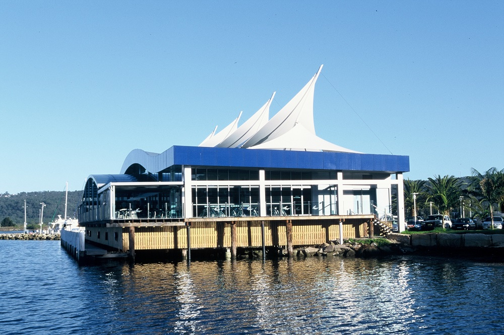 Slater Architects Gosford Bar & Restaurant 003
