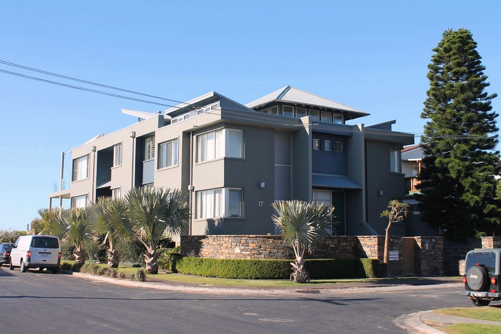 Wamberal Architect Designed Apartments 011