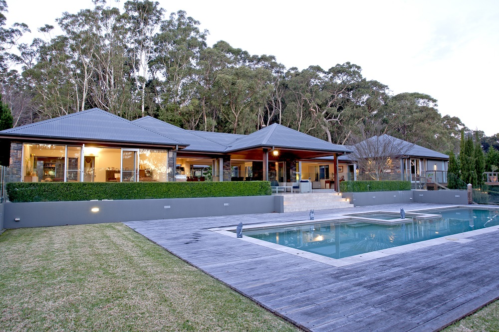 Luxury Home Designs for Acreage Properties