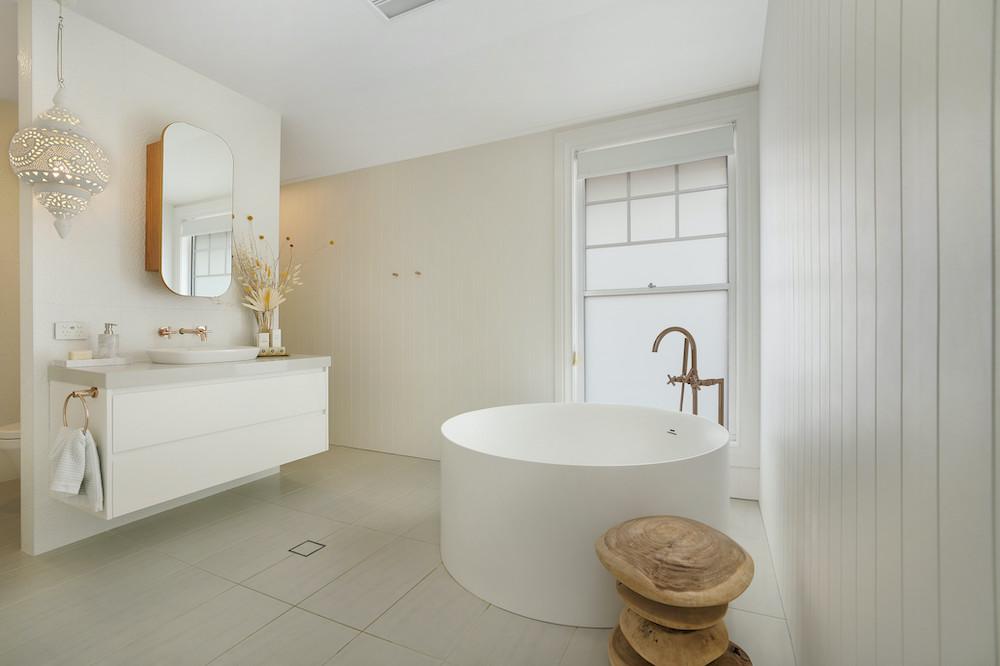 St Huberts Island - Bathroom