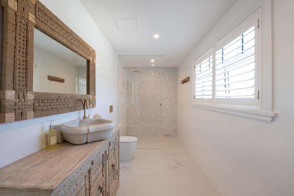 Pacific House Bathroom